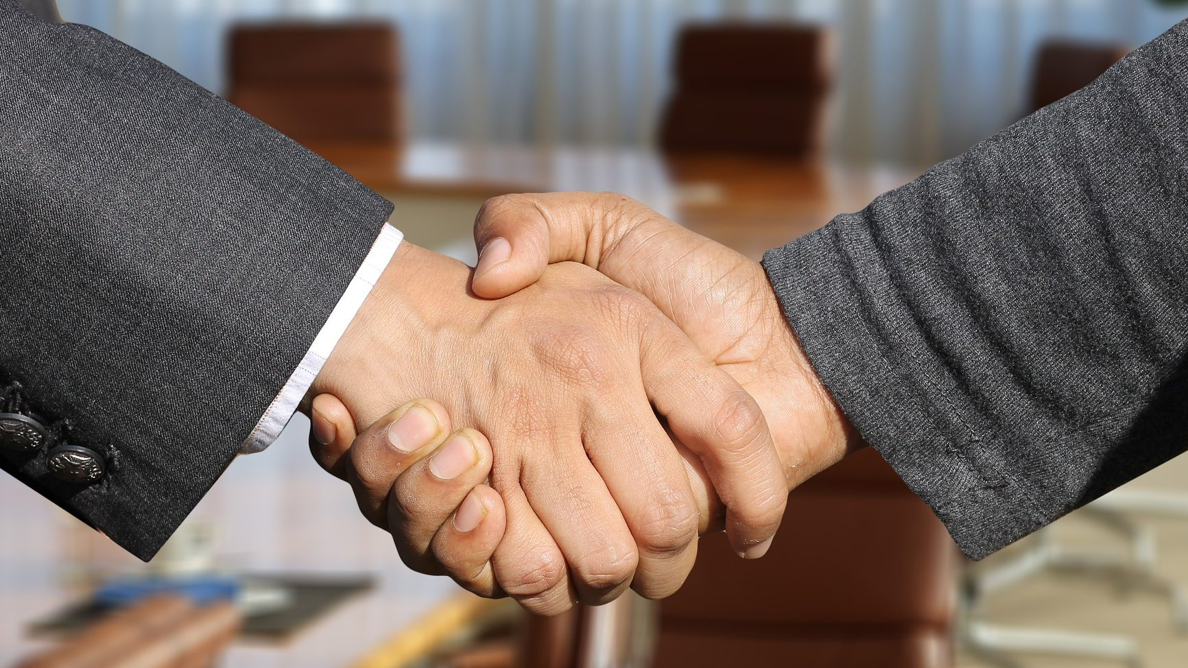 Venture Capital Fund shaking hands deal